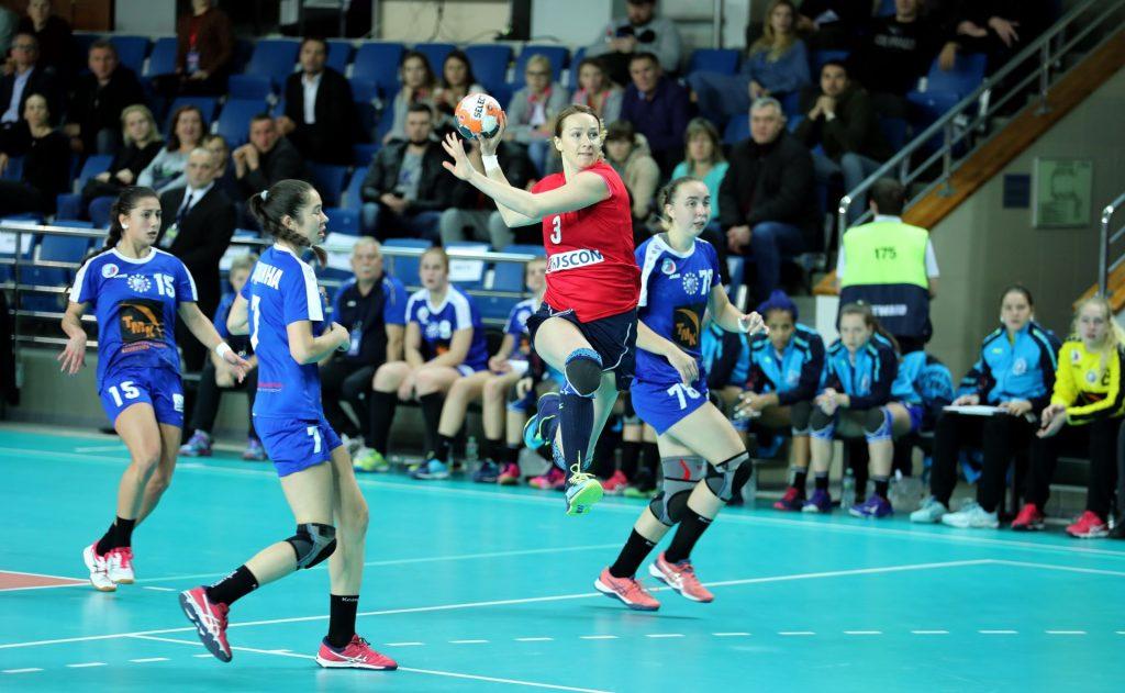 Полина Горшкова против Динамо