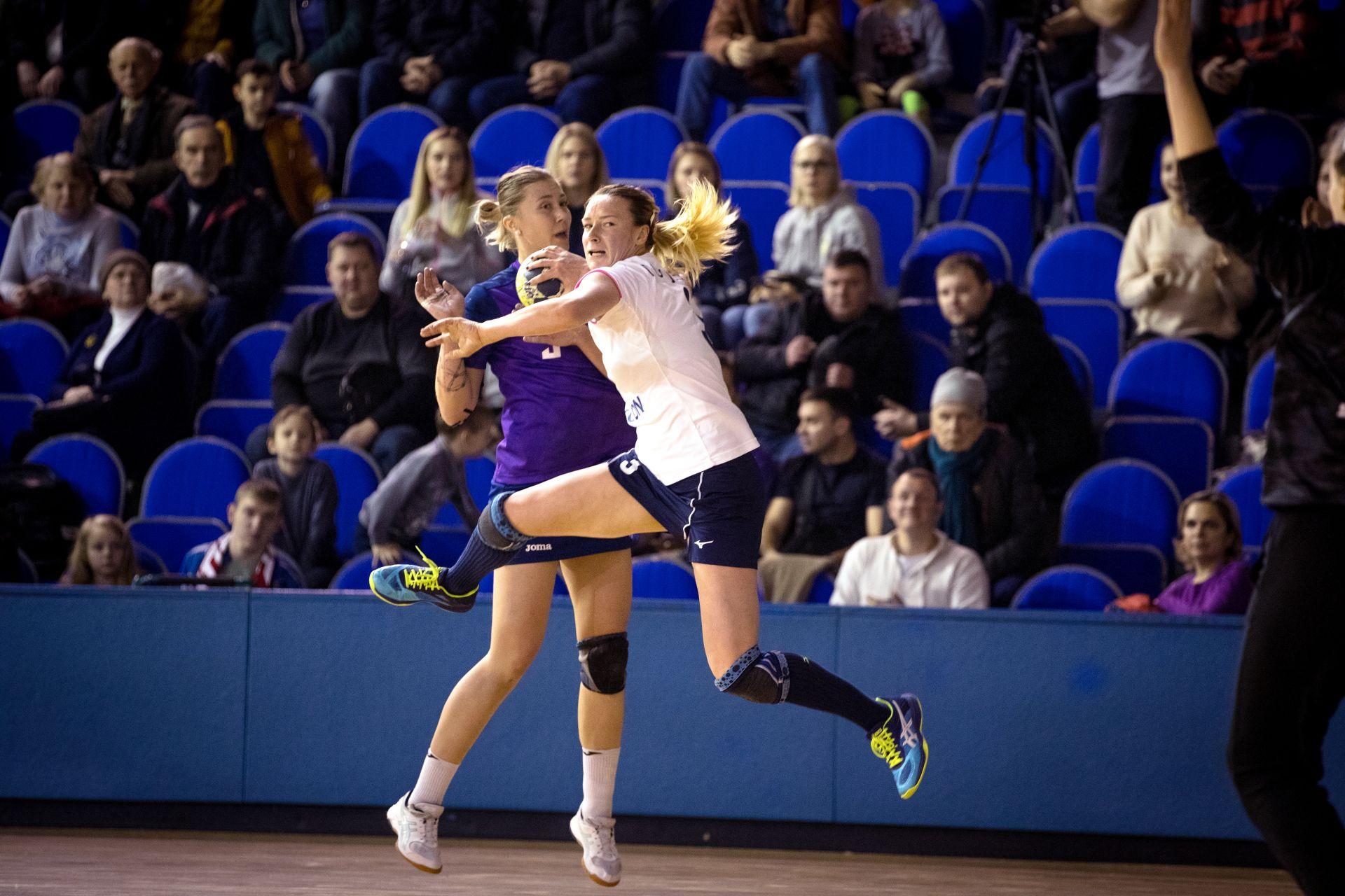 Полина Горшкова против Звезды